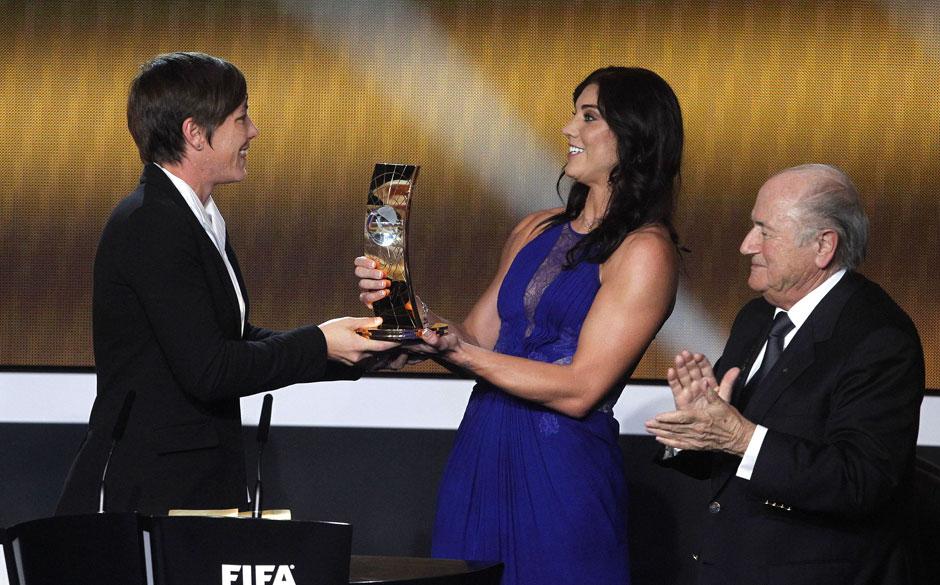 Hope Solo et Sepp Blatter au Ballon d'or