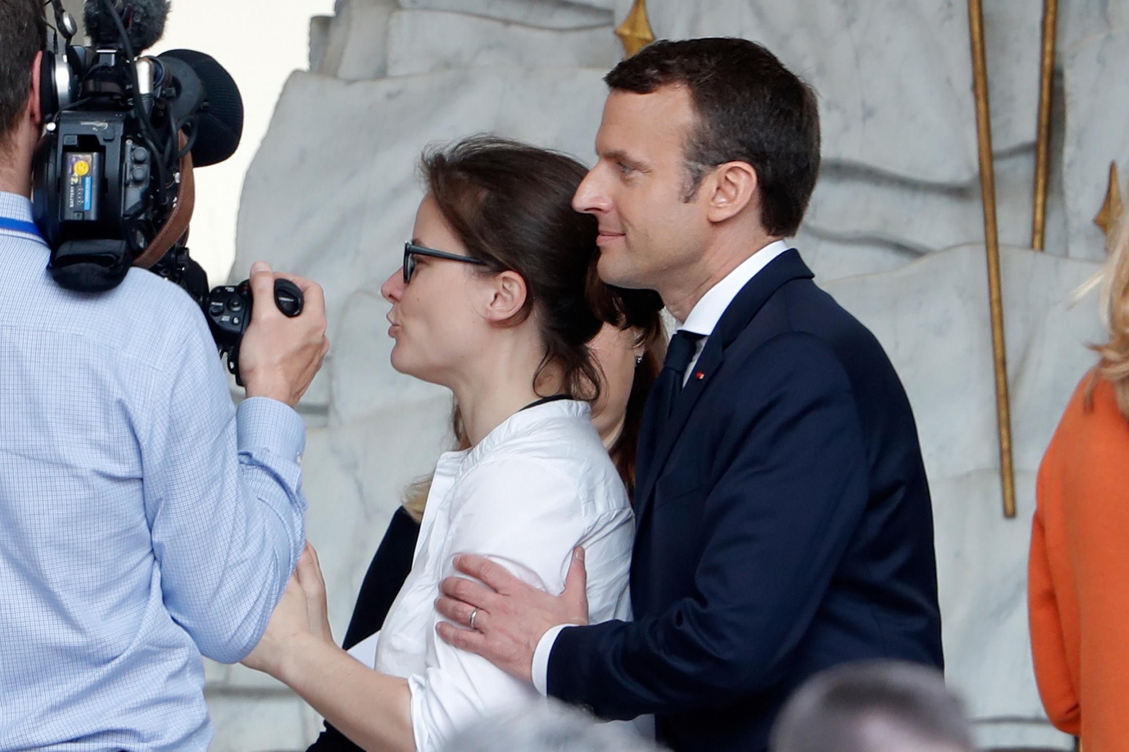 Emmanuel Macron et sa photographe Soazig de la Moissonniere