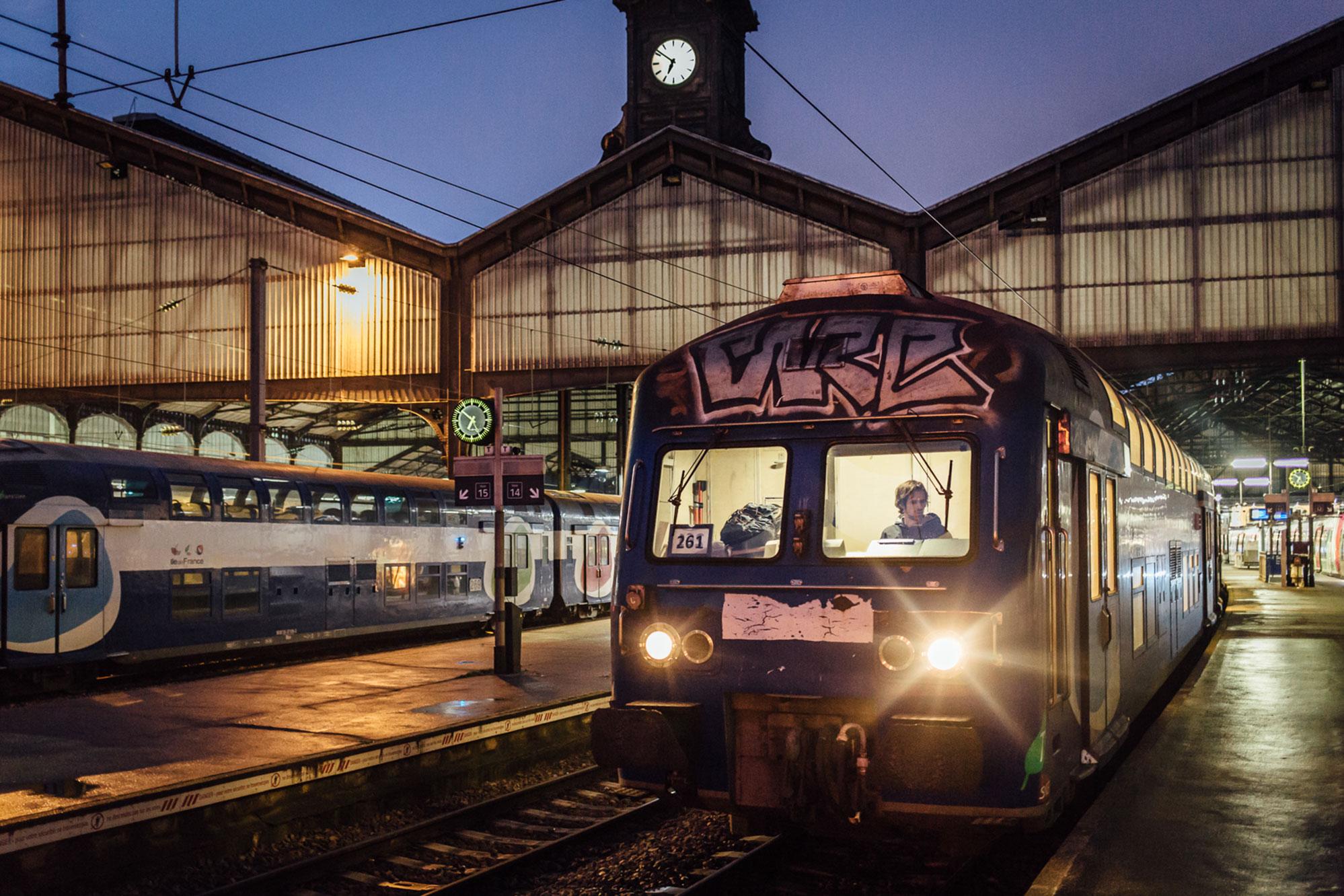 Départ de la gare Saint-Lazare