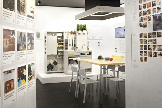 concept kitchen 2025 ikea invente une cuisine ultra connect e. Black Bedroom Furniture Sets. Home Design Ideas