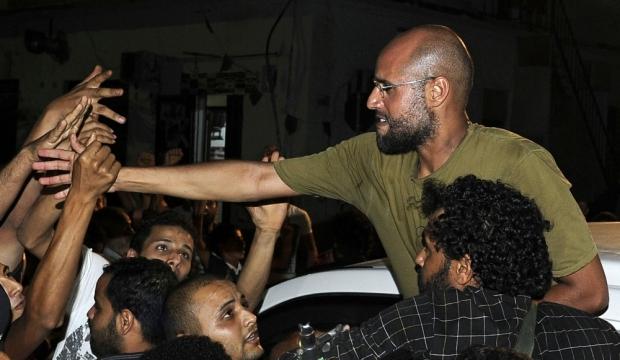 Fêté par des militants pro-Kadhafi-