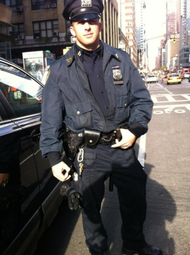 policier rencontre amoureuse Vannes