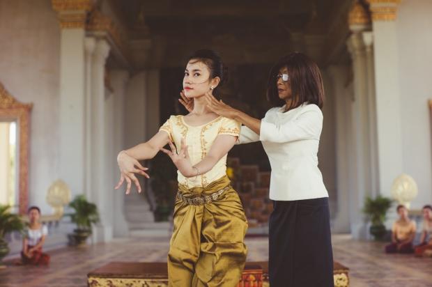S a r la princesse norodom buppha devi la danse en h ritage - Princesse qui danse ...