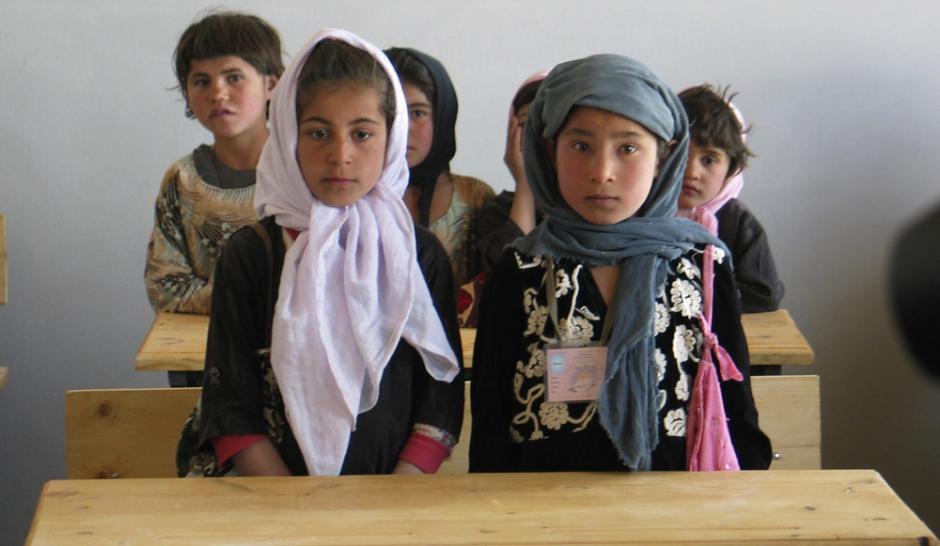 afghanistan le combat pour l ducation des filles. Black Bedroom Furniture Sets. Home Design Ideas