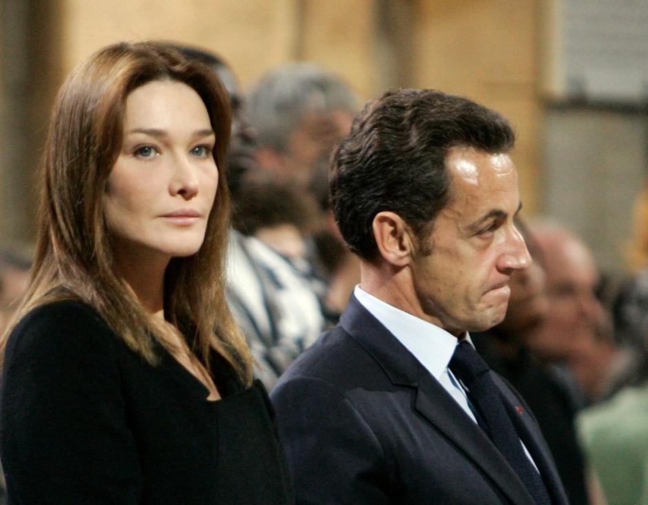 Carla Bruni-Sarkozy irrite l'Italie