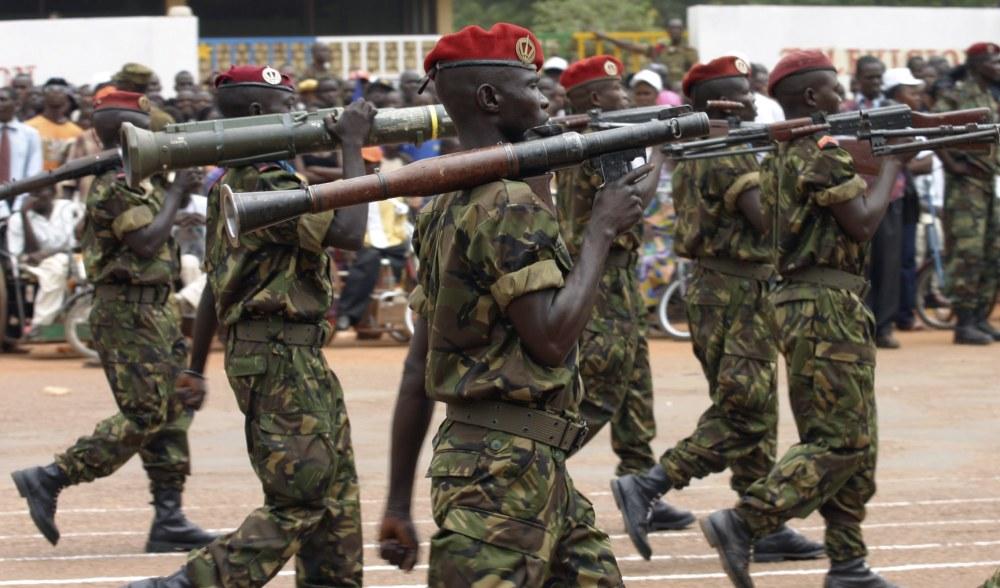 Armées de la République centrafricaine  Centrafrique-Les-ressortissants-francais-en-securite