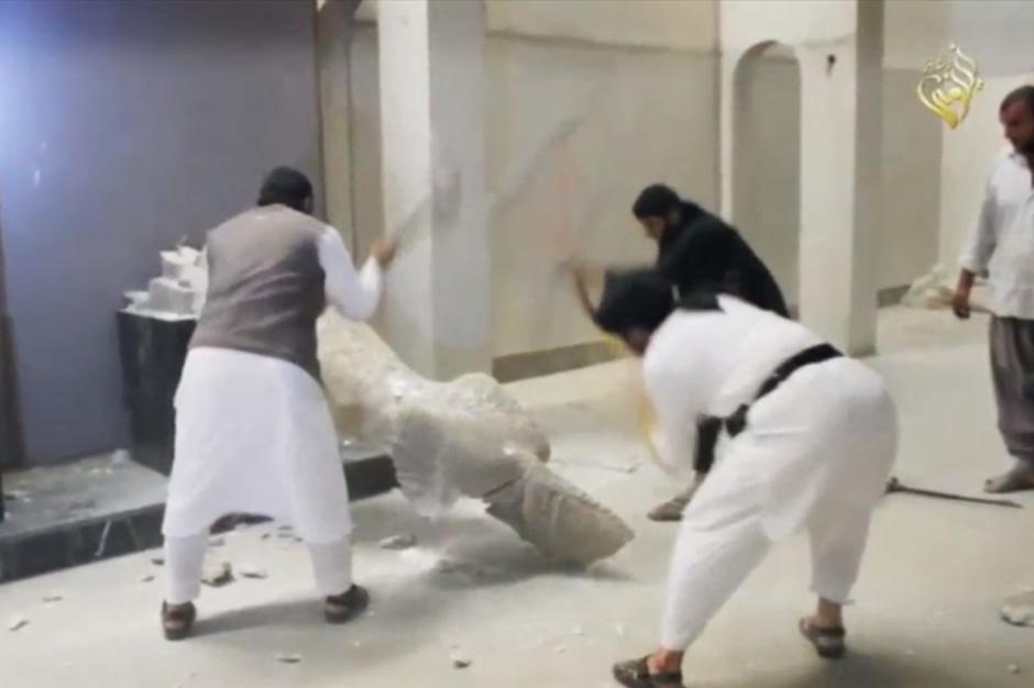 """Destruction des statues du musee de Mossoul - """"Le geste est odieux""""..."""