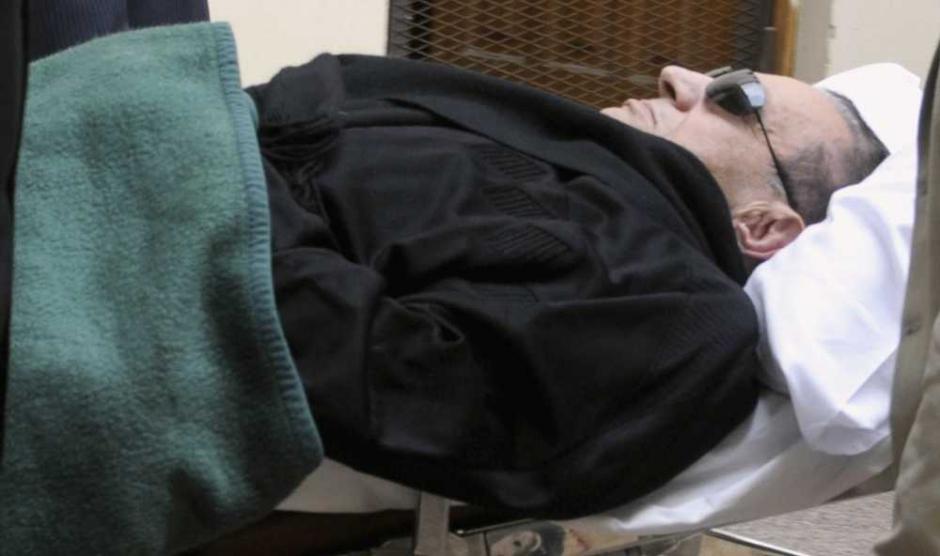 ''La pendaison'' requise contre Moubarak