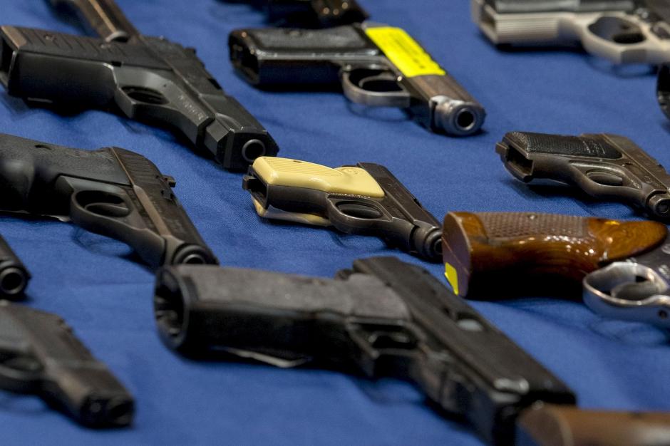 Etats unis gun tv le t l achat des armes feu for Salon des armes a feu