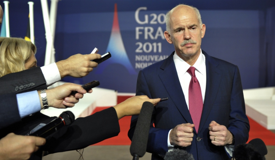 Papandreou va lâcher son referendum... et son poste