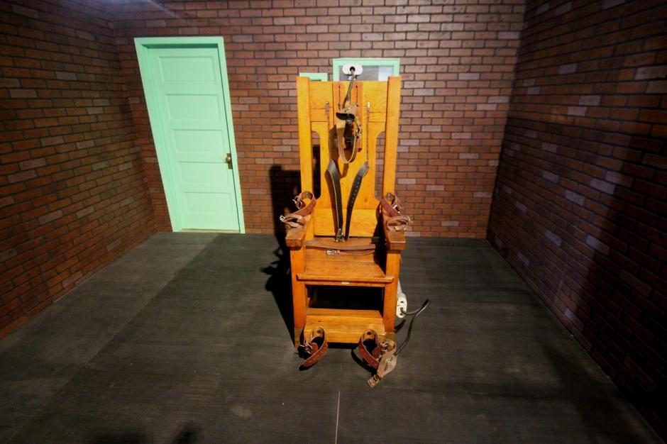 la peine de mort de mal en pis la chaise lectrique de retour dans le tennessee. Black Bedroom Furniture Sets. Home Design Ideas