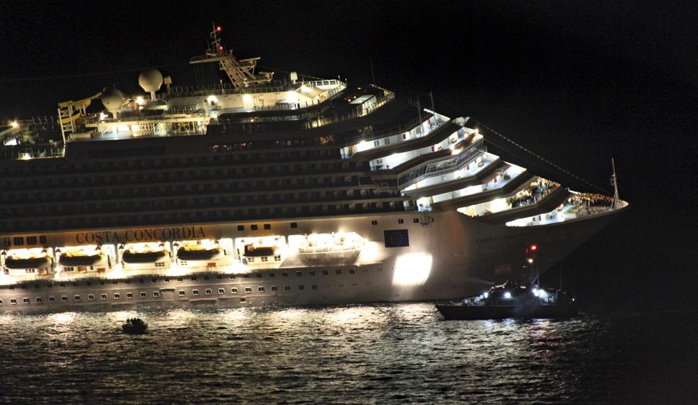 Concordia,  le dernier voyage Costa-Concordia.-Au-coeur-du-naufrage