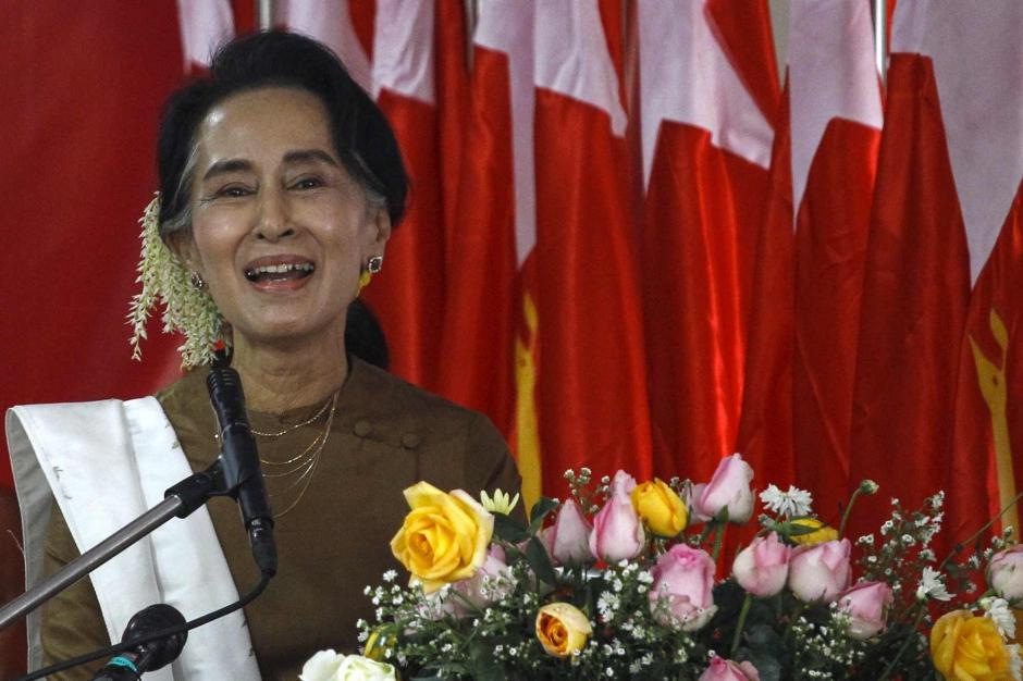 1er février: Aung san Suu Kyi entrera en scène