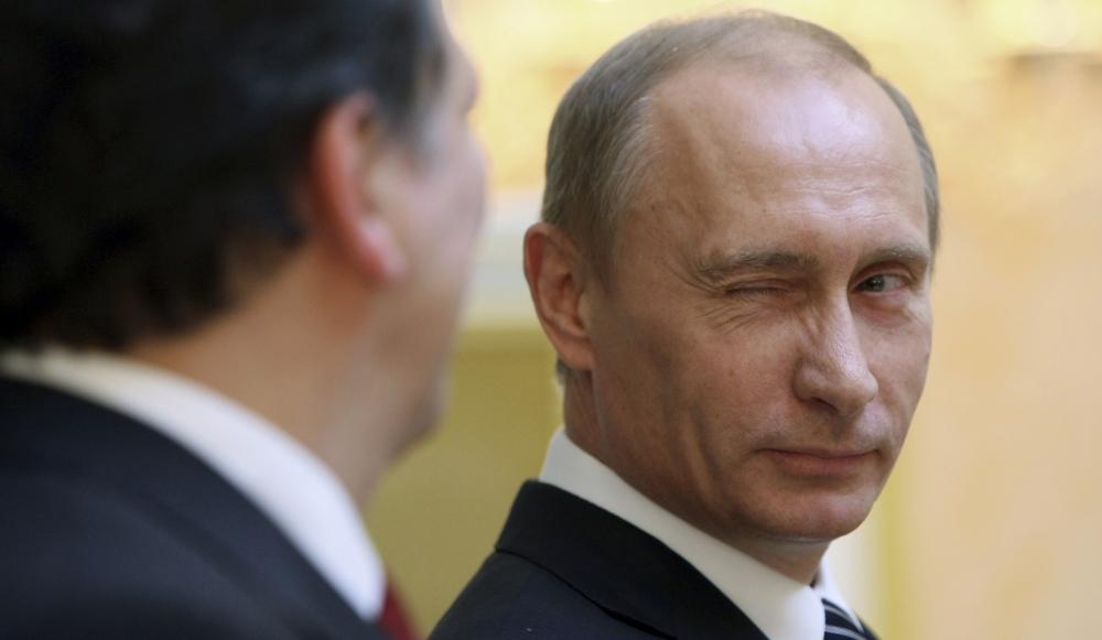 http://cdn-parismatch.ladmedia.fr/var/news/storage/images/paris-match/actu/international/rencontre-entre-ioulia-timochenko-et-vladimir-poutine-135923/1185524-1-fre-FR/Rencontre-entre-Ioulia-Timochenko-et-Vladimir-Poutine.jpg