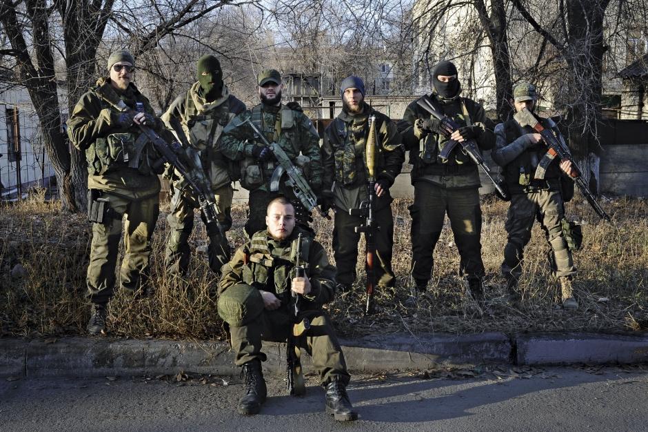 Sur le front avec les milices russes