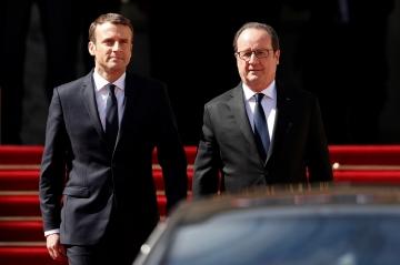 Jeudy Politique - Emmanuel Macron-François Hollande, je ne t'aime plus, moi non plus