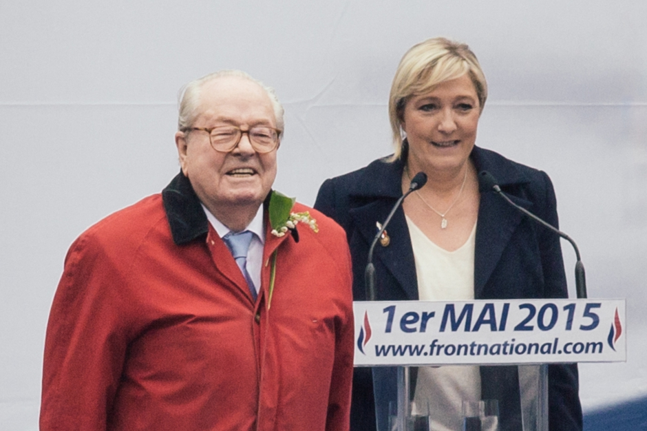 """Jean-Marie Le Pen: """"Chacun est à sa place"""""""