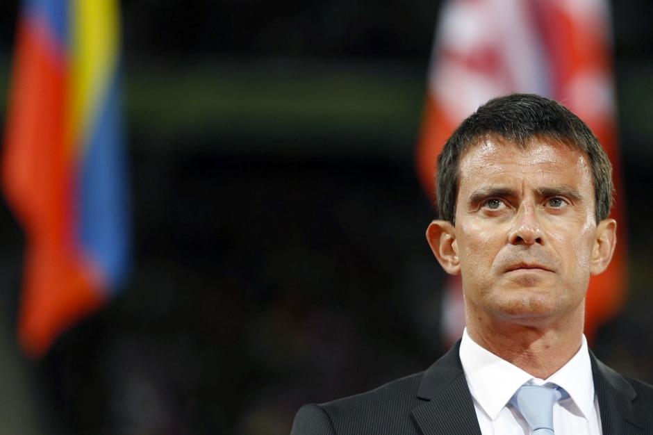 """Manuel Valls: """"Le programme du FN est une arnaque"""""""