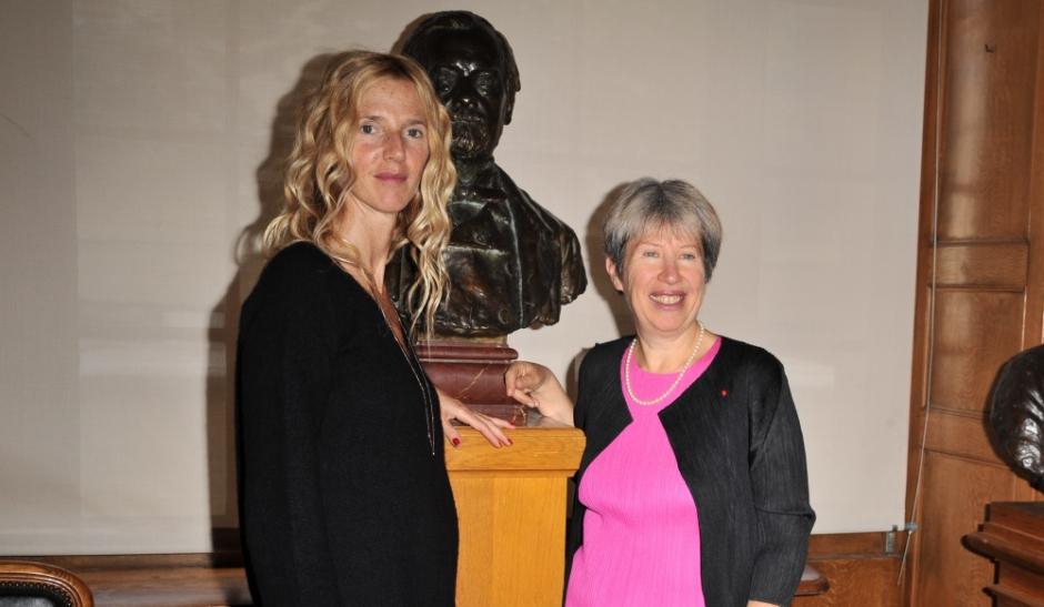 sandrine kiberlain en croisade pour l u2019institut pasteur