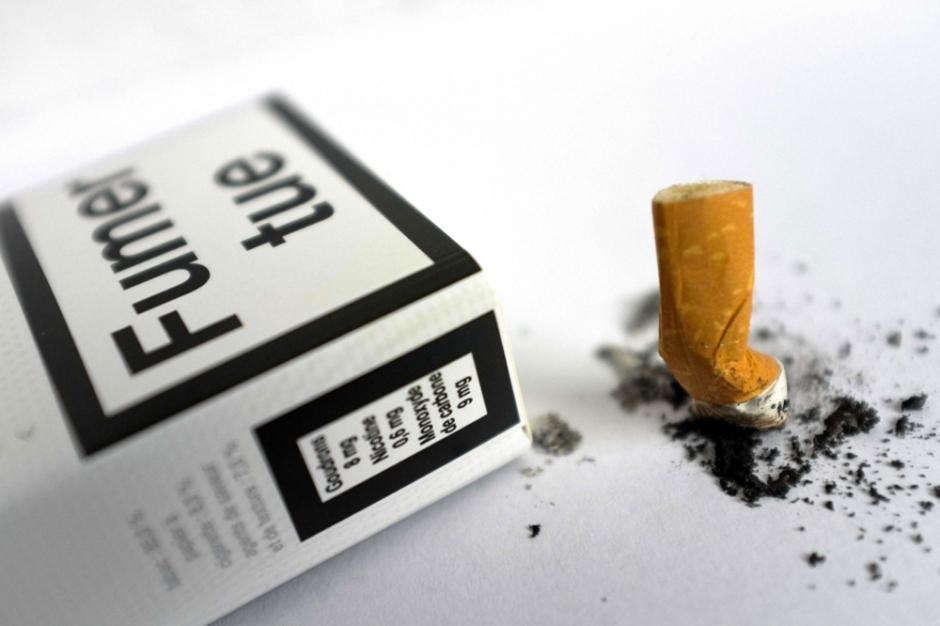 projet de loi le s nat s oppose au paquet de cigarettes neutre. Black Bedroom Furniture Sets. Home Design Ideas