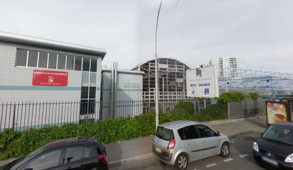 Marseille armes la main ils pourchassent un lyc en for Bureau lyceen