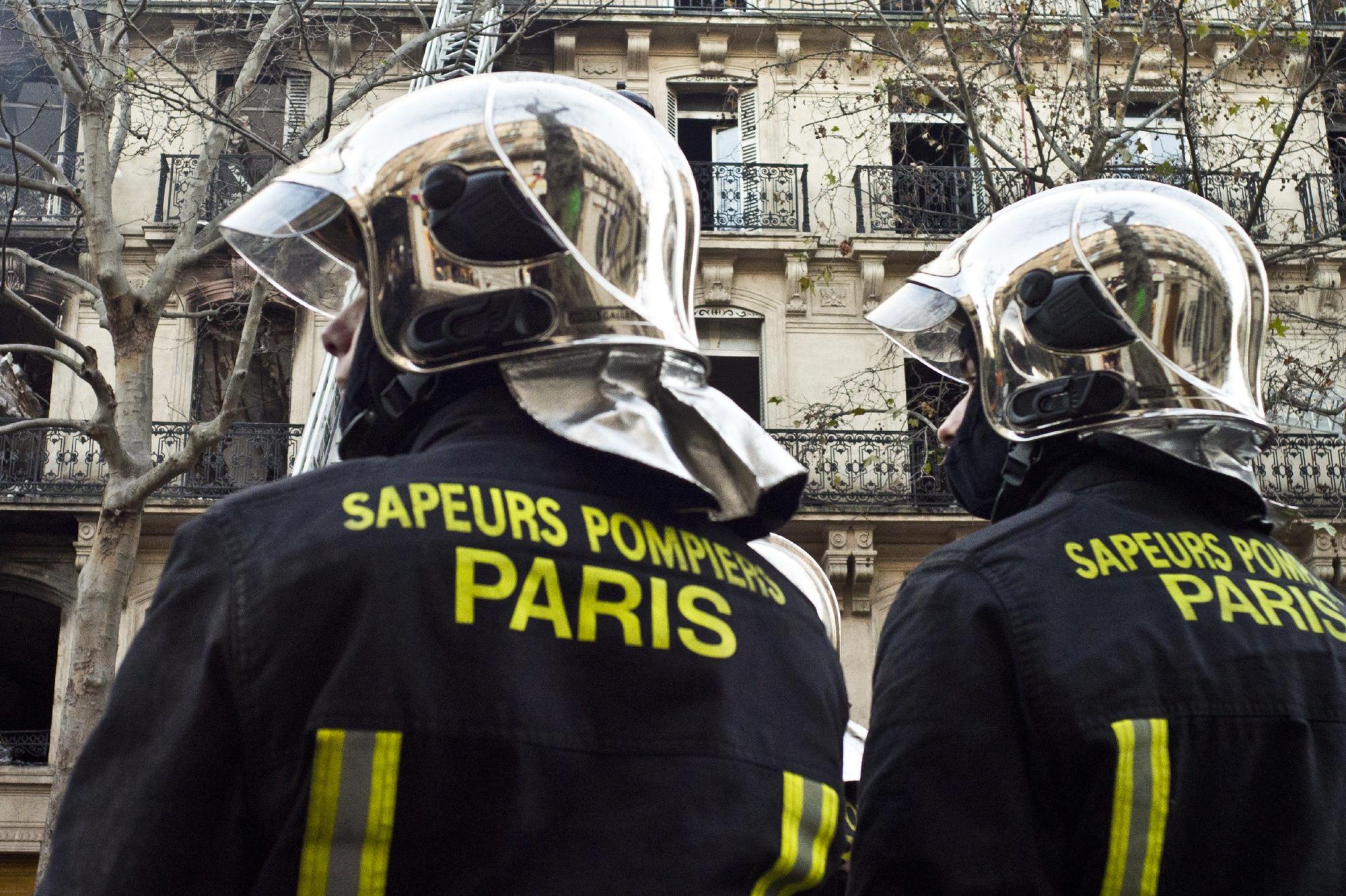 aur lie 25 ans une sapeur pompier de paris meurt dans un incendie. Black Bedroom Furniture Sets. Home Design Ideas