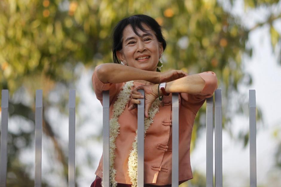 Aung San Suu Kyi de la prison à la présidentielle
