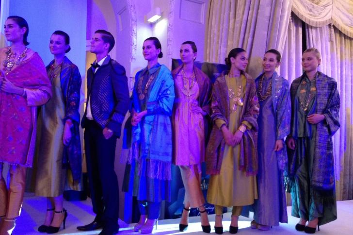La mode malaisienne réchauffe l'ambiance!