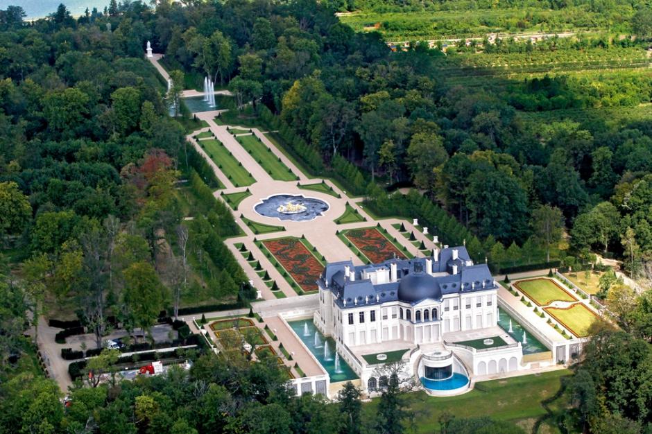 Pour 275 millions d 39 euros un ch teau louis xiv b ti - Le plus grand magasin maison du monde ...