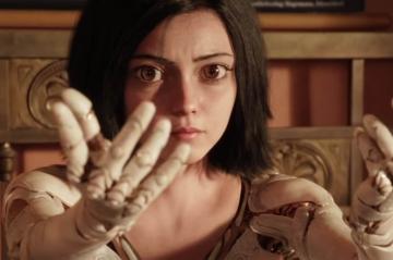 """Bande-annonce : laissez-vous hypnotiser par """"Alita : Battle Angel"""""""