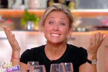 """""""C à vous"""" : l'émotion d'Anne-Sophie Lapix pour sa dernière"""