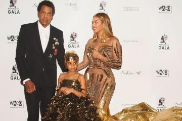 Blue Ivy vole la vedette à Beyoncé au Wearable Art Gala