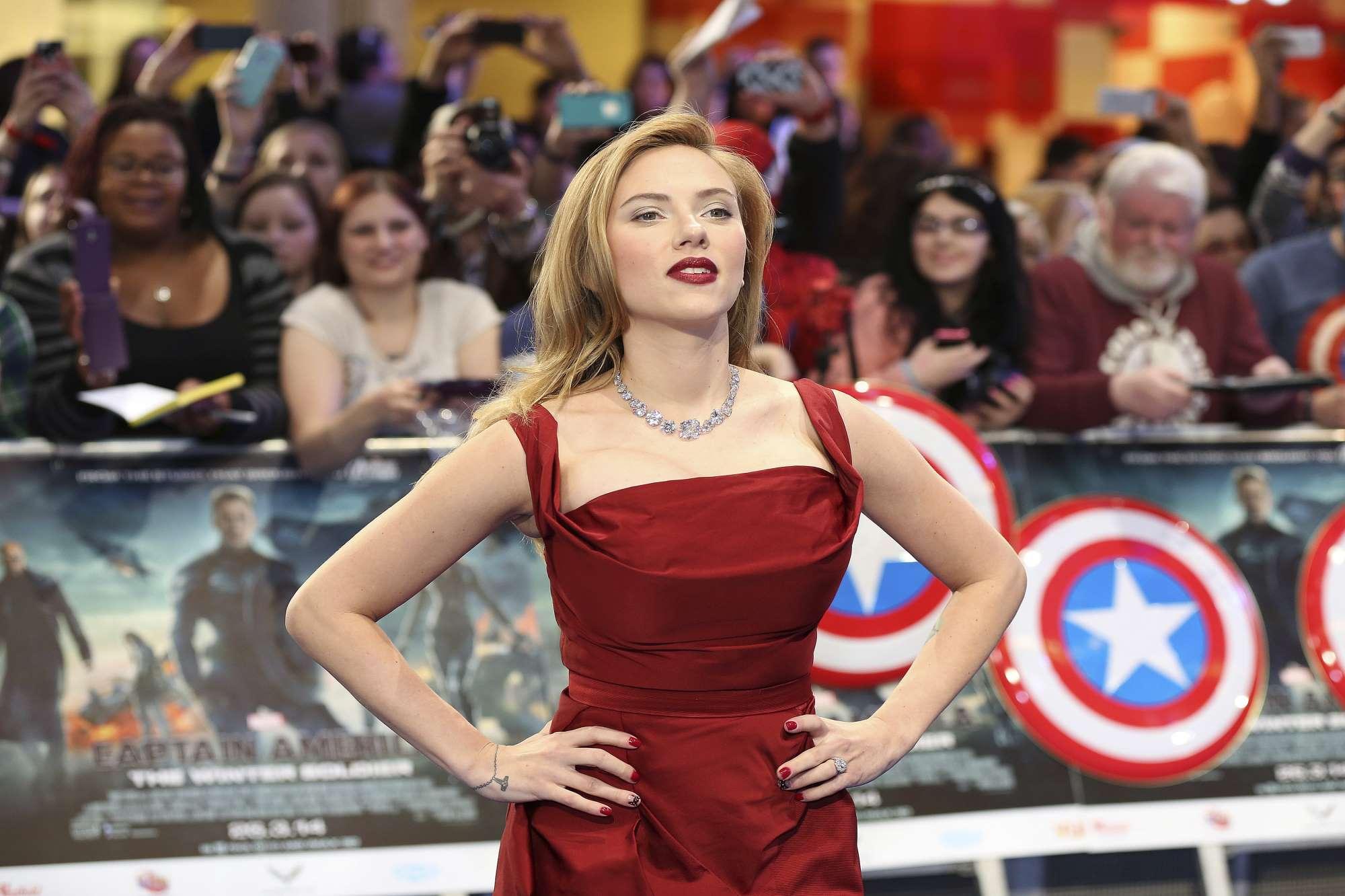 Heureux v nement scarlett johansson son bonheur s 39 appelle rose - Scarlett prenom ...