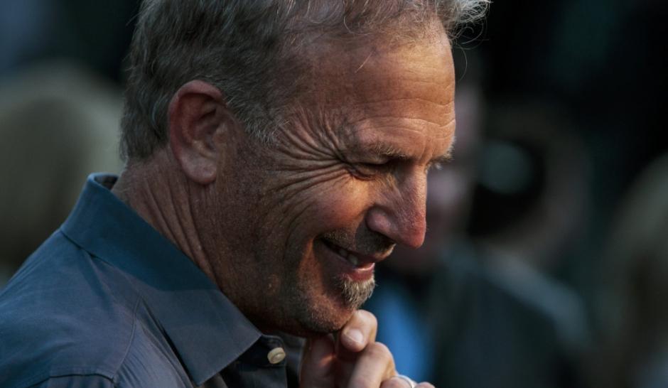 Kevin Costner réclame des sous à l'équipe de Robin des Bois