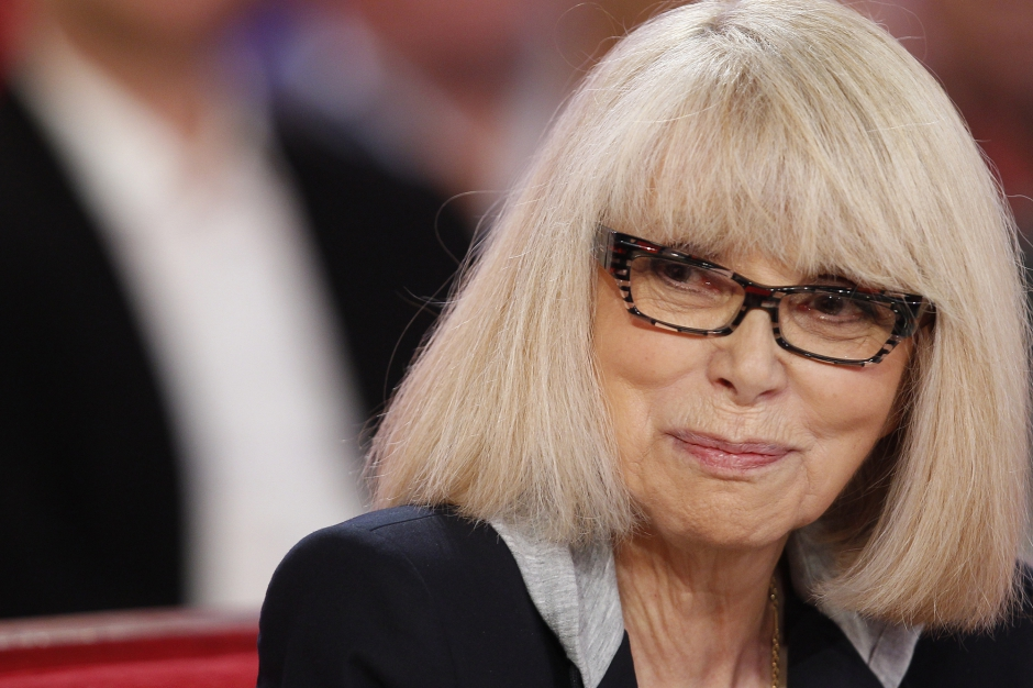photo mireille darc