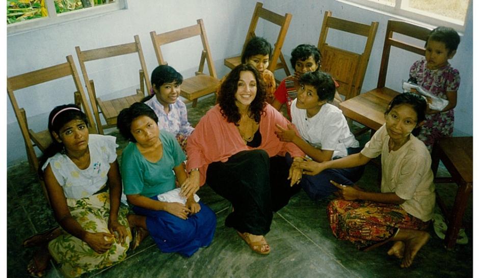 """""""J'ai décidé de m'occuper de 95 prostituées birmanes"""", par Albina du Boisrouvray"""