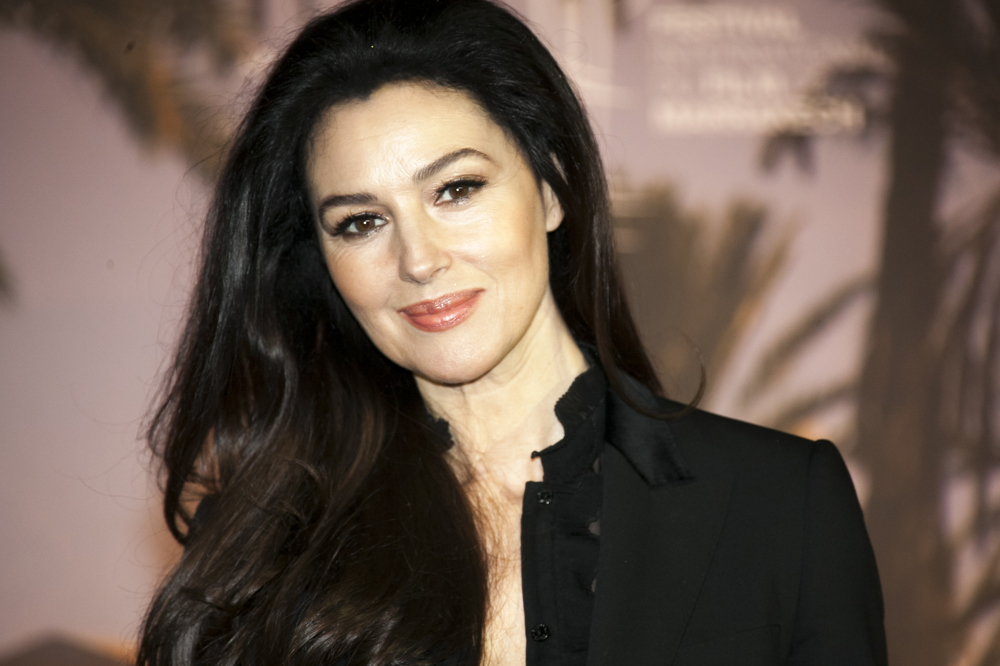 monica bellucci tre une james bond girl 50 ans un compliment. Black Bedroom Furniture Sets. Home Design Ideas