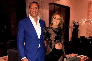 J-Lo et Alex Rodriguez : leur anniversaire commun