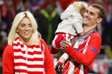 Les tendres confidences d'Antoine Griezmann sur sa femme et leur petite Mia