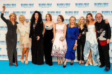 "Meryl Streep, Pierce Brosnan, Amanda Seyfried... Les stars de ""Mamma Mia 2"" réunies à Londres"