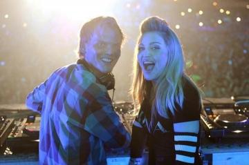 Mort d'Avicii : David Guetta, Calvin Harris, Madonna et le monde de la musique sous le choc