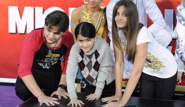 Prince, Blanket et Paris