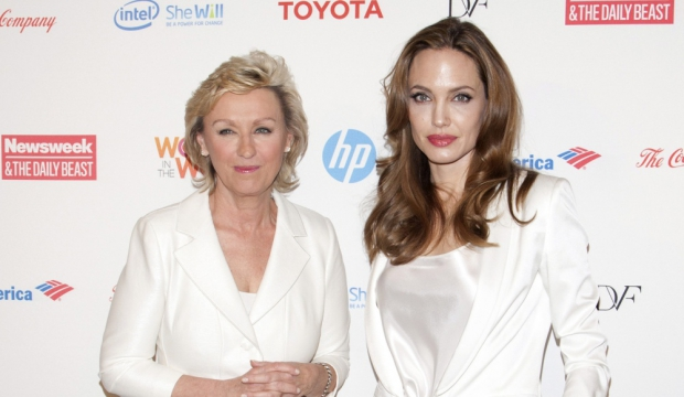 La journaliste Tina Brown et Angelina Jolie