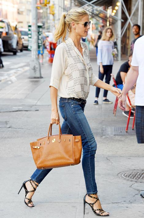 Heidi-Klum-avec-un-sac-Birkin-de-Hermes-a-la-main-a-Soho-le-30-juin-2014.jpg