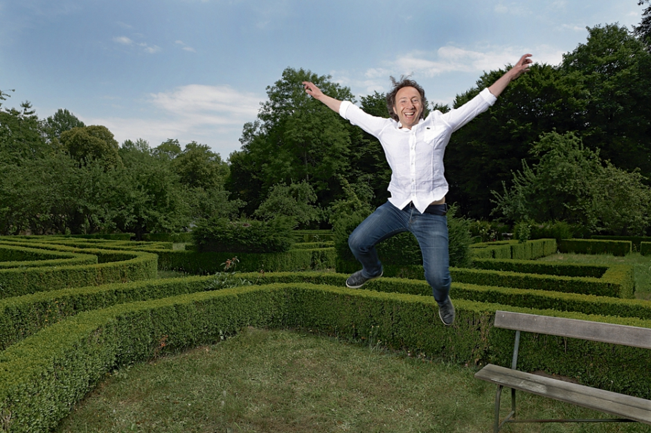 St phane bern fansite un ch teau dans le perche le for Le jardin aux 100 secrets