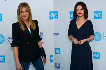 WE Day California : Jennifer Aniston et Selena Gomez, à chacune son style