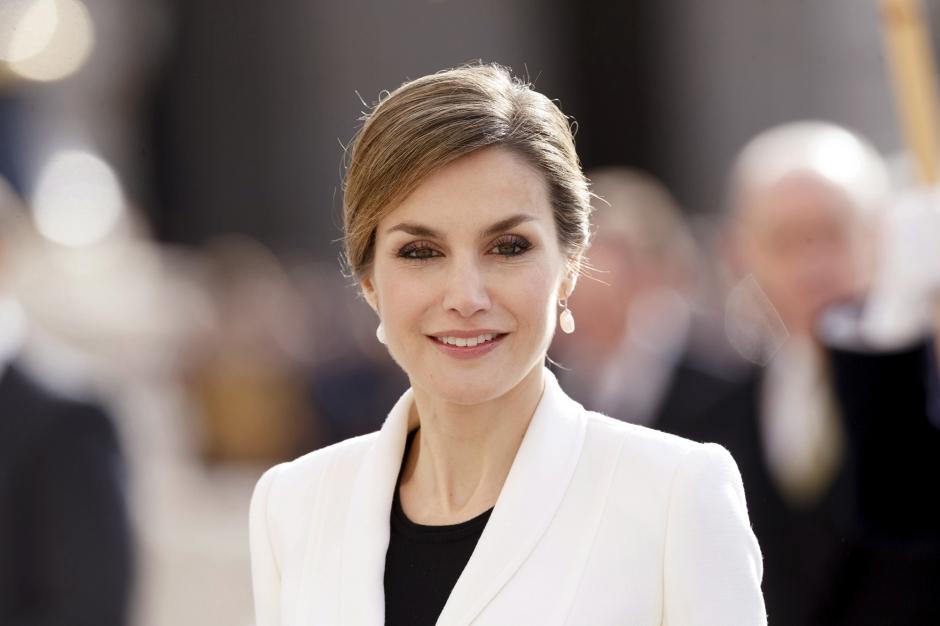 Ni chirurgie esthetique ni Botox pour Letizia - Le secret de beaute de la reine d\'Espagne...