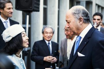en photos sa rencontre avec laurent fabius masako la princesse quot prisonniere quot renoue avec la diplomatie