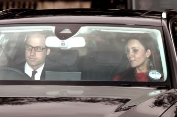 Kate Middleton, le prince William, Harry, Charles... - Toute la famille royale à Buckingham