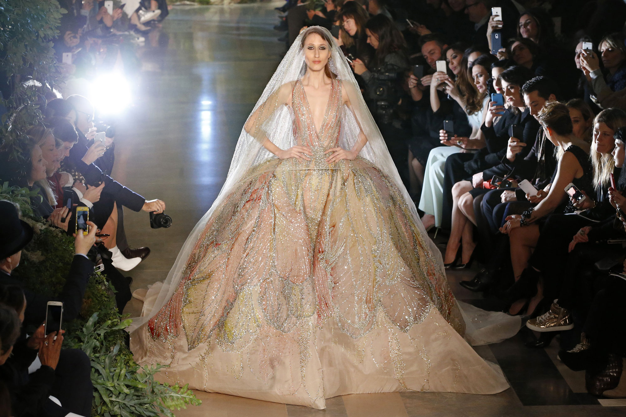 Paris Fashion Week Elie Saab Souvenirs De Beyrouth